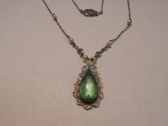 Vintage Art Deco Green Stone Sterling Necklace