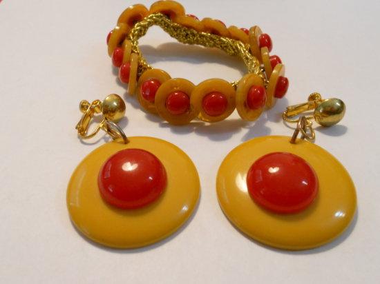 Lot of 2, Vintage Bakelite Bracelet and Earrings