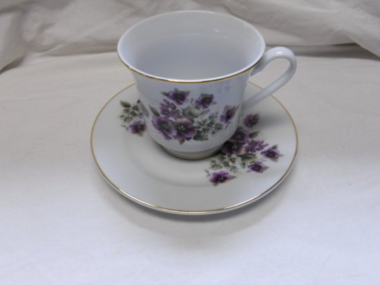 Vintage Purple Flower Teacup