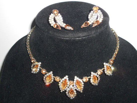 Vintage Rhinestone Neckalce and Earrings Set