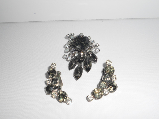 Vintage Rhinestone Brooch and Earring Set