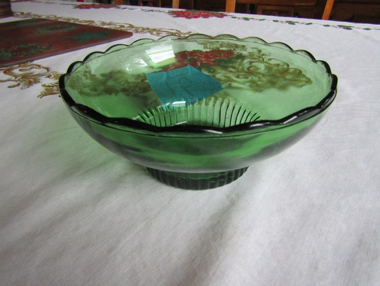 Vintage E. O. Brody Co. green Dish, M2000