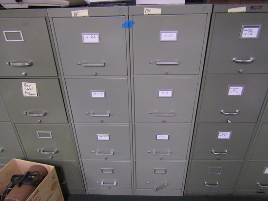 Lot of 2 Filing Cabinets, 4 Drawer