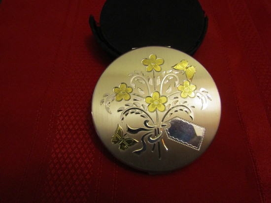 Vintage American Beauty Sterling Silver Compact