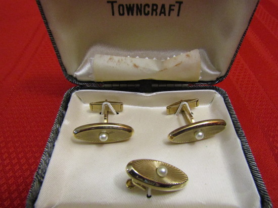 Vintage Towncraft Cufflinks and Tie Clip Set, Gold Tone, Original Box