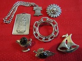 Lot of 7 Vintage mixed Jewelry