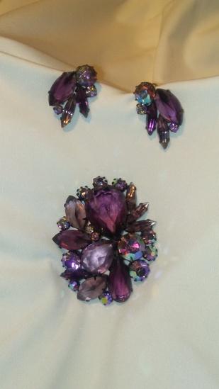 Vintage Large Rhinestone Brooch with Clip Earrings