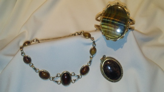 Lot of 3 Polished Natural Stone Jewelry Set