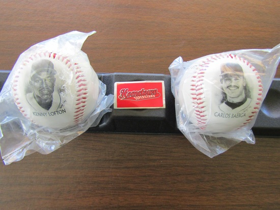 Lot of 2 Photo Baseballs with stand, Kenny Lofton and Carlos Baerga, New Condition