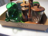 Lot of Green China, Condiment Server
