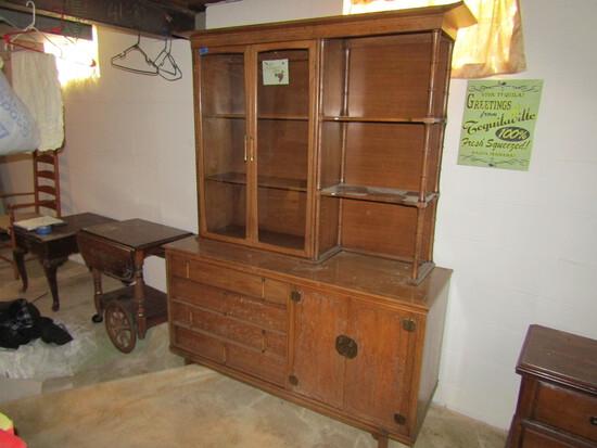 Vintage China Hutch/Cabinet