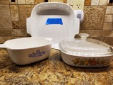 Lot of 3 Corning Ware Cassarole Dishes, 1 with Lid