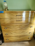 5 Drawers Chest of Drawers