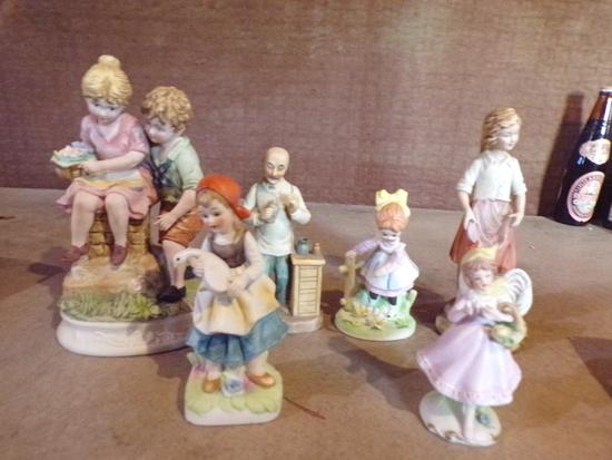 6 Ceramic Figurines