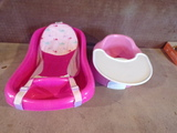 Lot of 2 Baby tub and baby chair