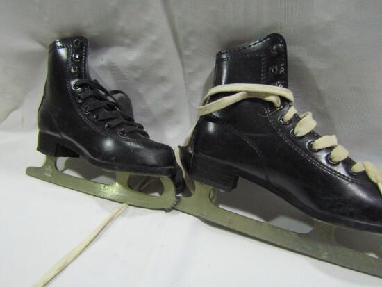 SLM Child Ice Skates, Canada, Size 13
