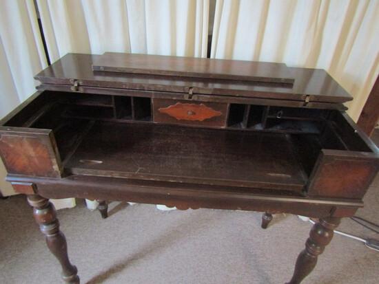 Hekman Wood Desk