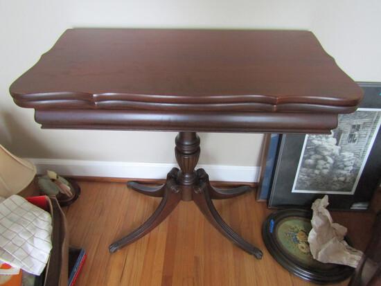Antique/Vintage Brandt Furniture, Turn Top, Flip Open Top, #4057, 4 Footed