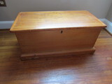 Vintage Small Wood Chest, 25 x 18 x 13