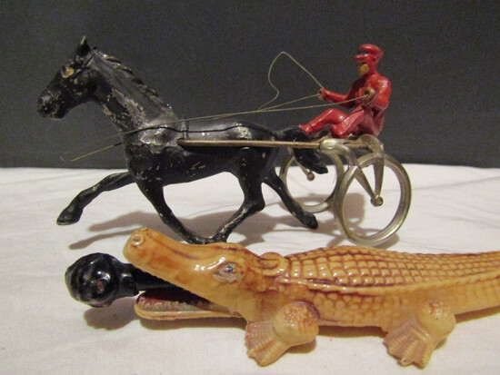 Made in USA Metal Horse Buggy and Alligator Pencil Holder, Celiod?