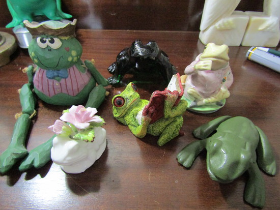 Lot of 6 Frogs, Bone China, Metal, Stone Critters, Beatrx etc.