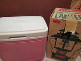 Small Retro Pink Igloo 24 and Coleman Lantern in Box, Green
