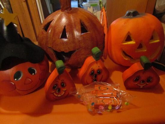 Pumpkins, 1-Ceramic, 1-Lighted