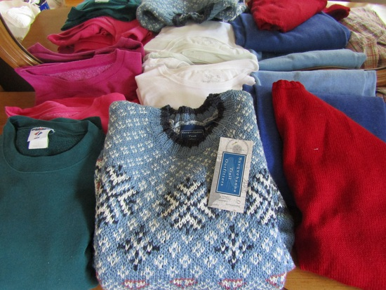 Vintage Clothes, Sweat Shirts, Pants, Sweaters, T-Shirts