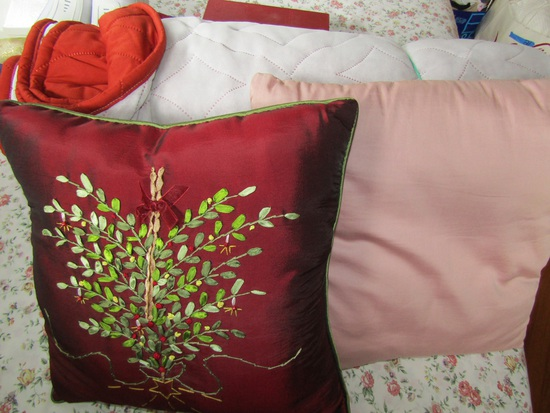 Bed Spread and Pillows