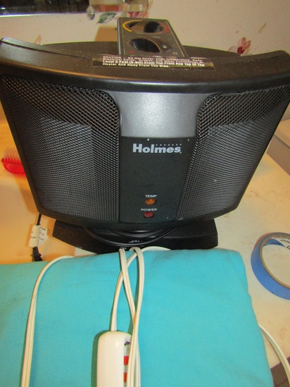 Holmes Oscillating Heater and Heating Pad