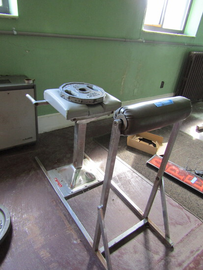 Stationary AB Press/Crunch Machine
