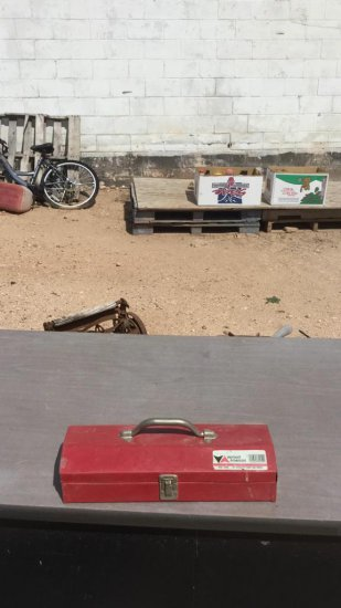 VA toolbox with contents