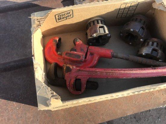 LOT BOX RIGID PIPE CUTTER, WRENCH, THREAD DIES