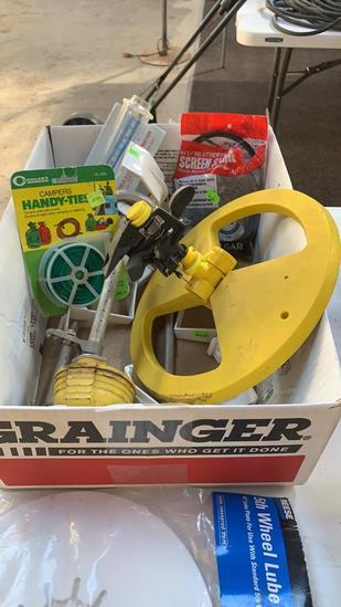 Box of water sprinklers/screen spline/handy