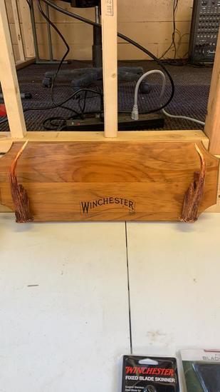 Winchester gun rack