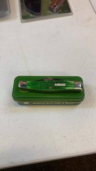 John Deere by Case knife