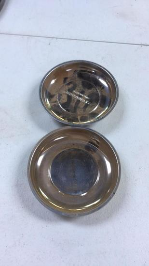 Pair of magnetic parts trays