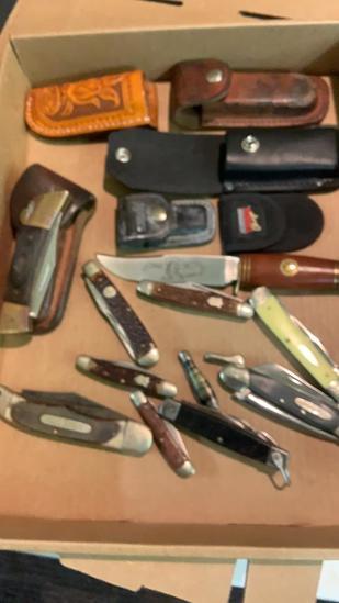 Box lot 11- pocket knives& 5 sheaths