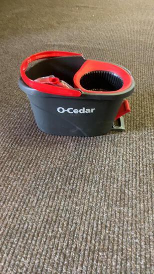O-Cedar EasyWring spin mop bucket w/mop & broom