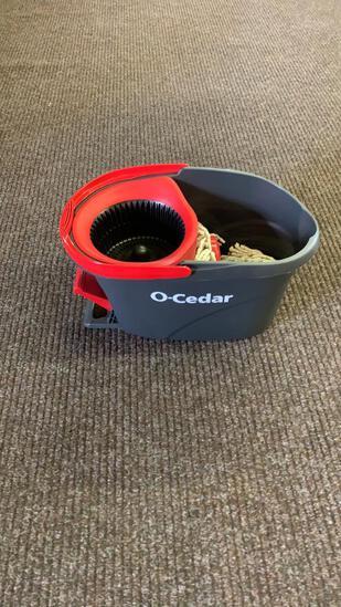 O-Cedar EasyWring bucket & mop heads