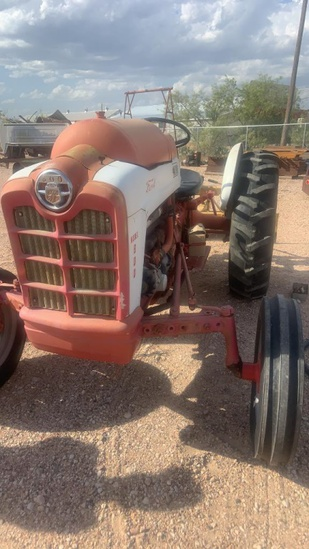 1958 Ford 800 Series Tractor