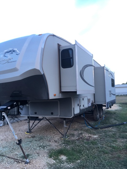 2011Open Range 316RLS 31' Travel Trailer