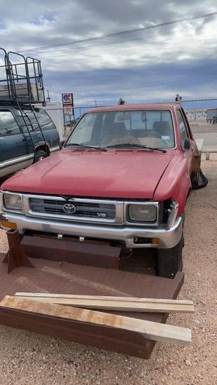 1993 Toyota 4WD pickup