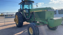 JD 4560 Tractor.shows 3850 Hours