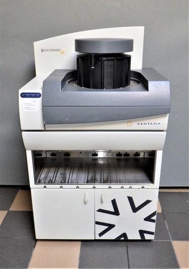 BENCHMARK XT Vantana  Automated IHC/ISH Staining Instrument