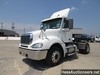 2007 FREIGHTLINER CL12042ST S/A DAYCAB