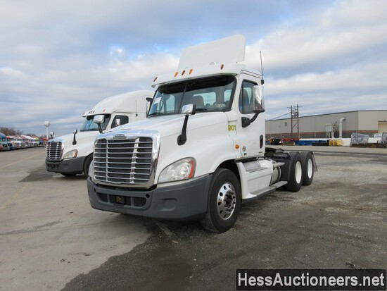 2012 FREIGHTLINER CASCADIA T/A DAYCAB