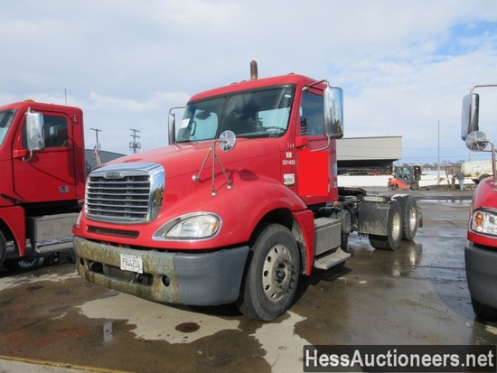2013 FREIGHTLINER COLUMBIA T/A DAYCAB