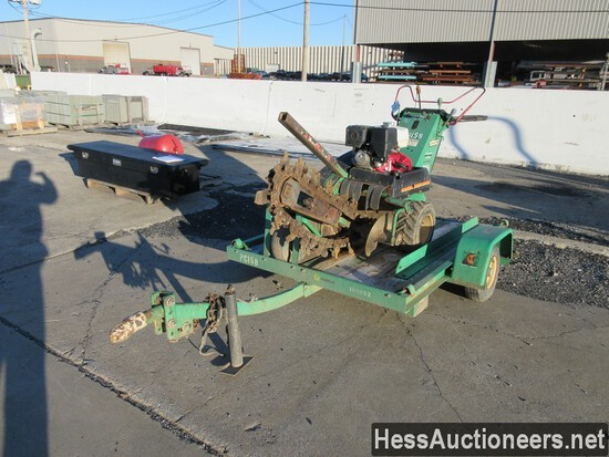DITCH WITCH 1030 TRENCHER