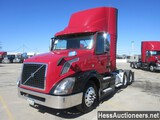 2015 VOLVO VNL62T300 T/A DAYCAB
